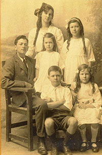 cuthbert siblings sm